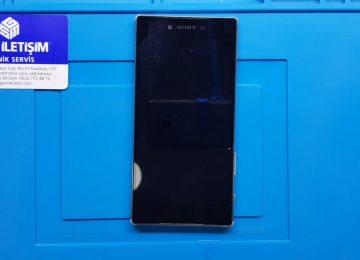Sony Xperia Z5 Premium ekran değişimi