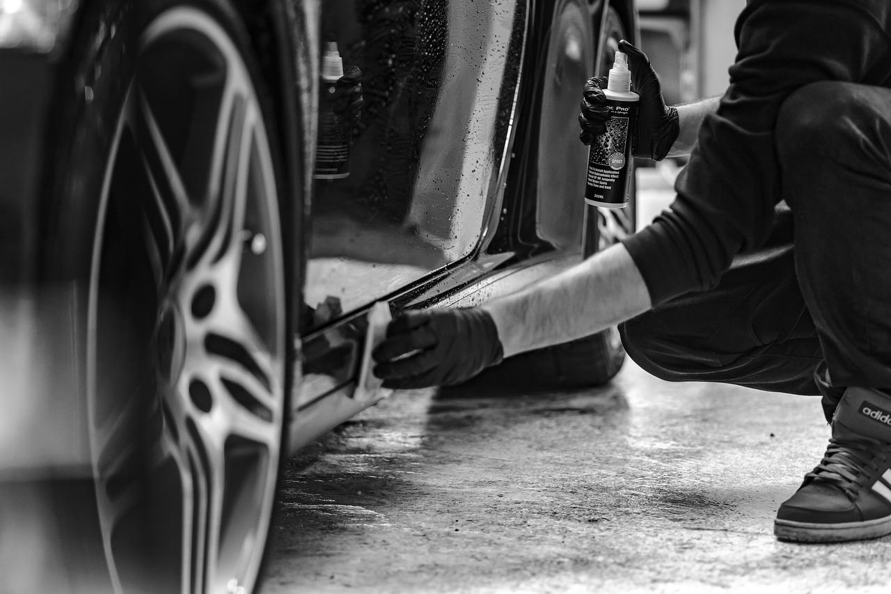 Arabaya Bulaşan Çimento Nasıl Temizlenir