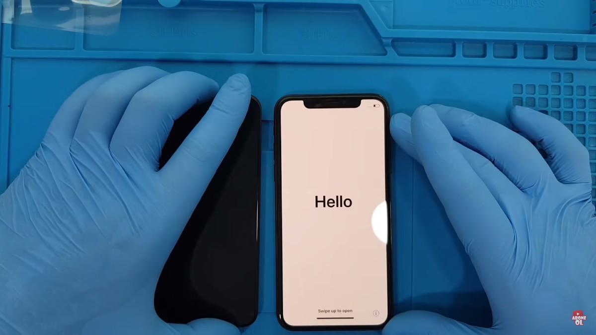iPhone Xs ekran değişimi nasıl yapılır